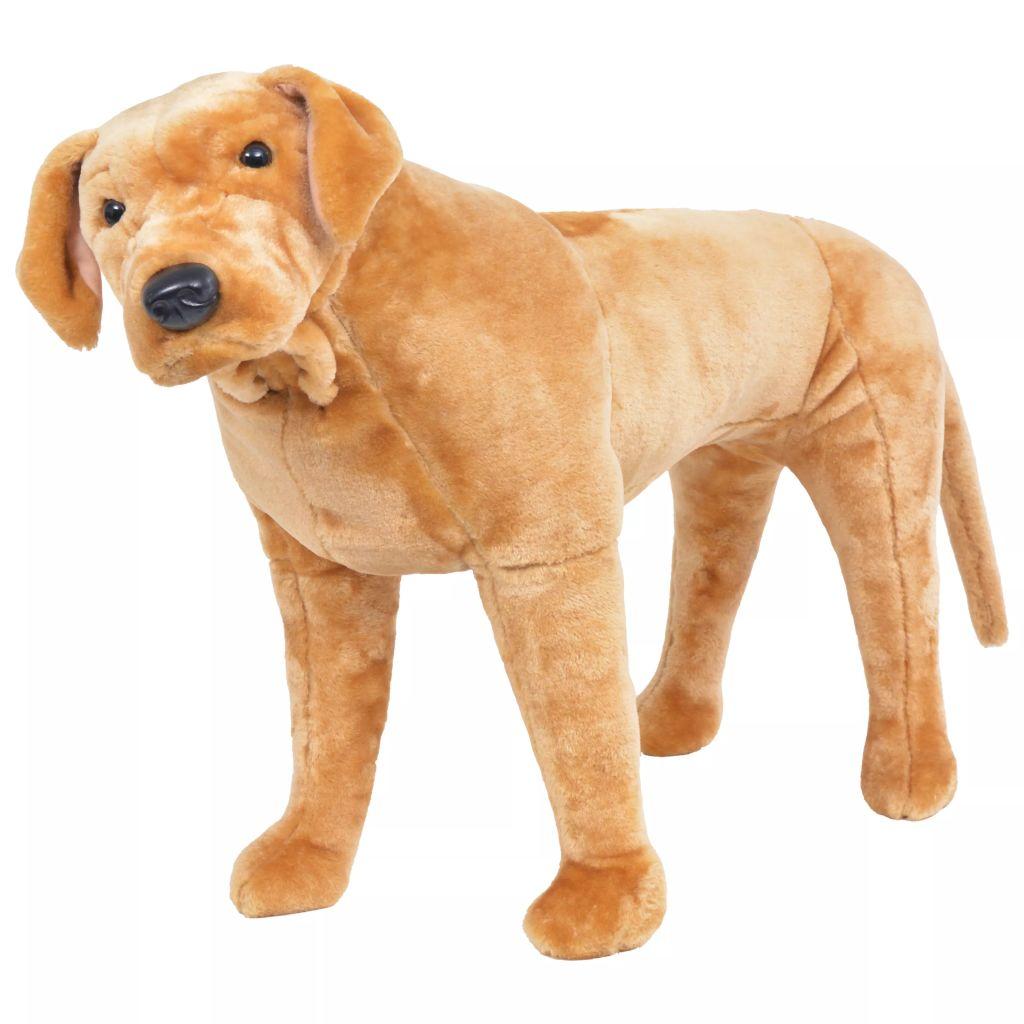 Vrijeme za igru bit će puno zabavnije uz ovu vjerodostojnu mekanu igračku labradora! Ova mekana i mazna igračka psa s detaljnim značajkama sastoji se od čvrstog čeličnog okvira i visokokvalitetne plišane tkanine. Naš plišani labrador postat će najbolji prijatelj svakog djeteta!