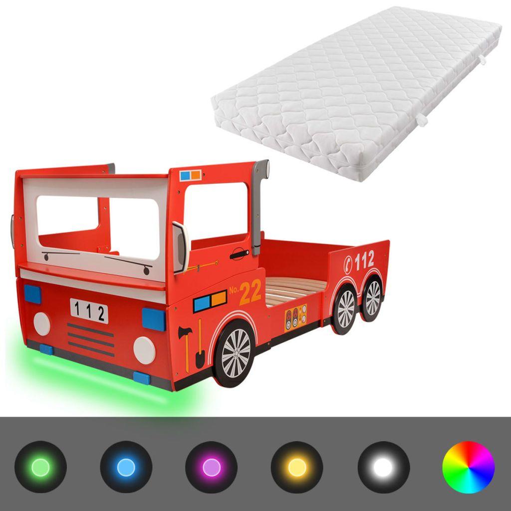 tako da može podnijeti svakodnevno habanje. Djeca će se osjećati poput pravih vatrogasaca u ovom super zabavnom krevetu! S uključenim daljinskim upravljačem možete jednostavno podesiti svjetlinu i uzorke boja LED trake kako biste stvorili zapanjujući svjetlosni efekt za vašeg mališana. Krevet je opremljen zaštitnim tračnicama na objema stranama