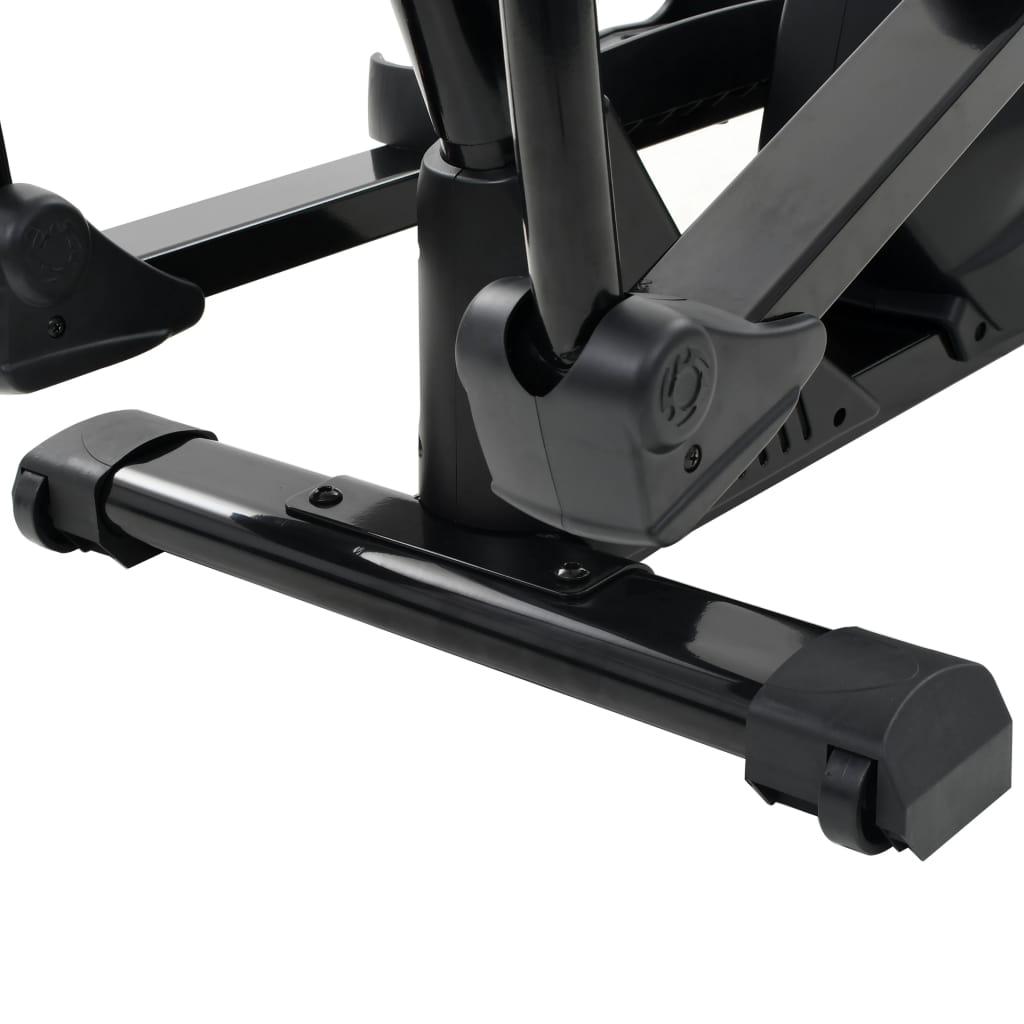 neklizeće nožne pedale osiguravaju optimalan prijenos snage s vaših nogu na pedale. Magnetski sustav kočenja i precizno uravnotežen zamašnjak oslobođeni su trenja za glatki