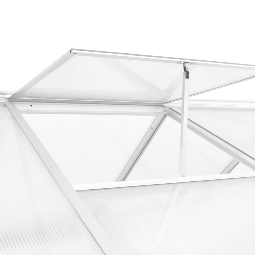 a dva krovna otvora osiguravaju optimalnu ventilaciju za vrućih dana. Krovni prozor dizajniran je s kliznom funkcijom kako bi se osigurala jednostavna ugradnja