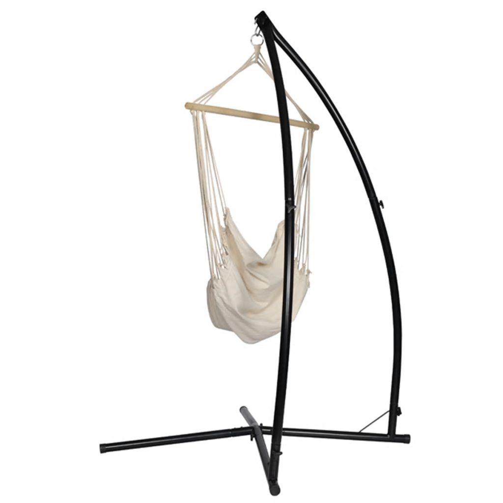 ova viseća stolica je savršeno uravnotežena. Na vrhu toga