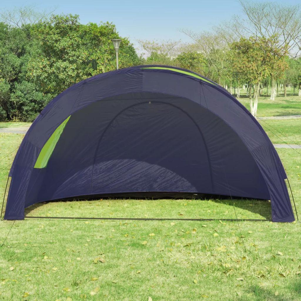 savjetujemo da se šprica šator sa sprejom sa vodootporno stanje. Svaki prozor ima mreže protiv komaraca za vaše ljetne noći bez insekata.