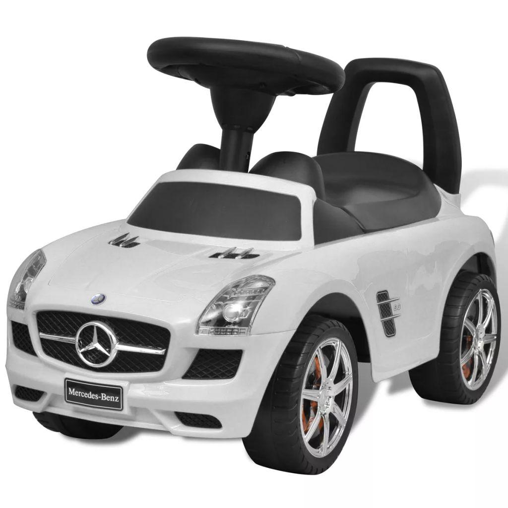 Ovaj autić na guranje Mercedes Benz dizajna je realistična i sigurna igračka za djecu. Autić reproducira 6 melodija koje su aktivirane tipkama na upravljaču. Također može proizvesti zvukove sirene kako bi oponašao pravi automobil. Ima spremište ispod sjedala za pohranu malih igračka. Zahvaljujući izdržljivoj plastičnoj konstrukciji