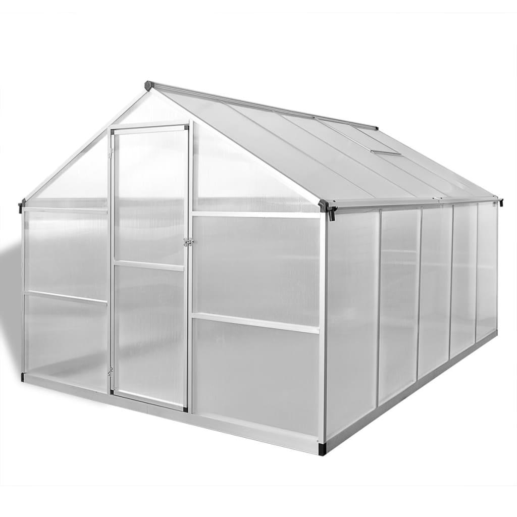 55 m². Može smjestiti znatan broj biljaka i bit će izvrsno rješenje za zaštitu vaših biljaka od hladnog vremena. Izrađen od dvostrukih zidnih polikarbonatnih ploča