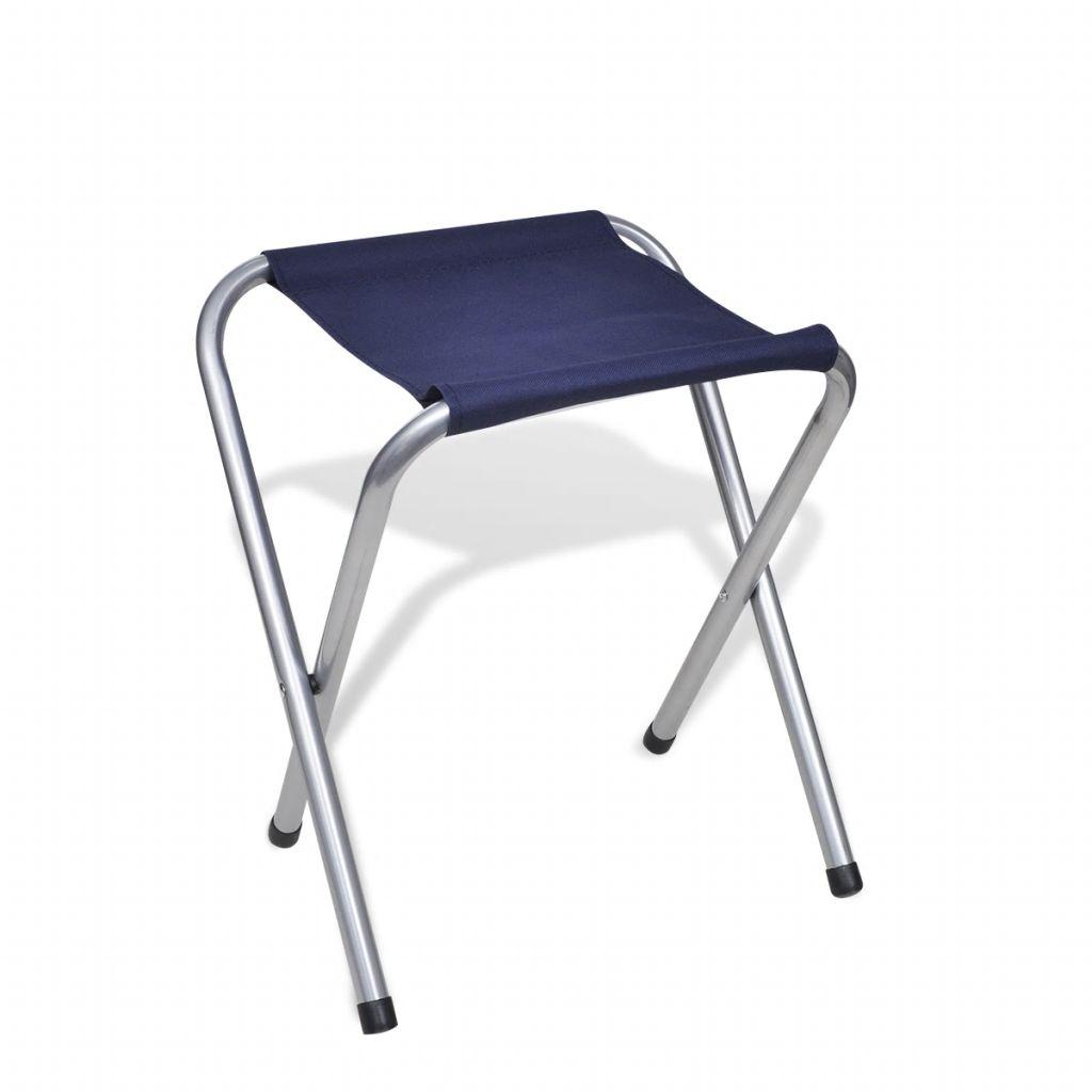 stabilan je i izdržljiv. Uključene stolice napravljene su od izdržljivih čeličnih cijevi i visokokvalitetne oksfordske tkanine s PVC presvlakom. Stol i stolice su sklopivi za lakši prijevoz i spremanje. Dostava uključuje 1 stol i 6 stolica.
