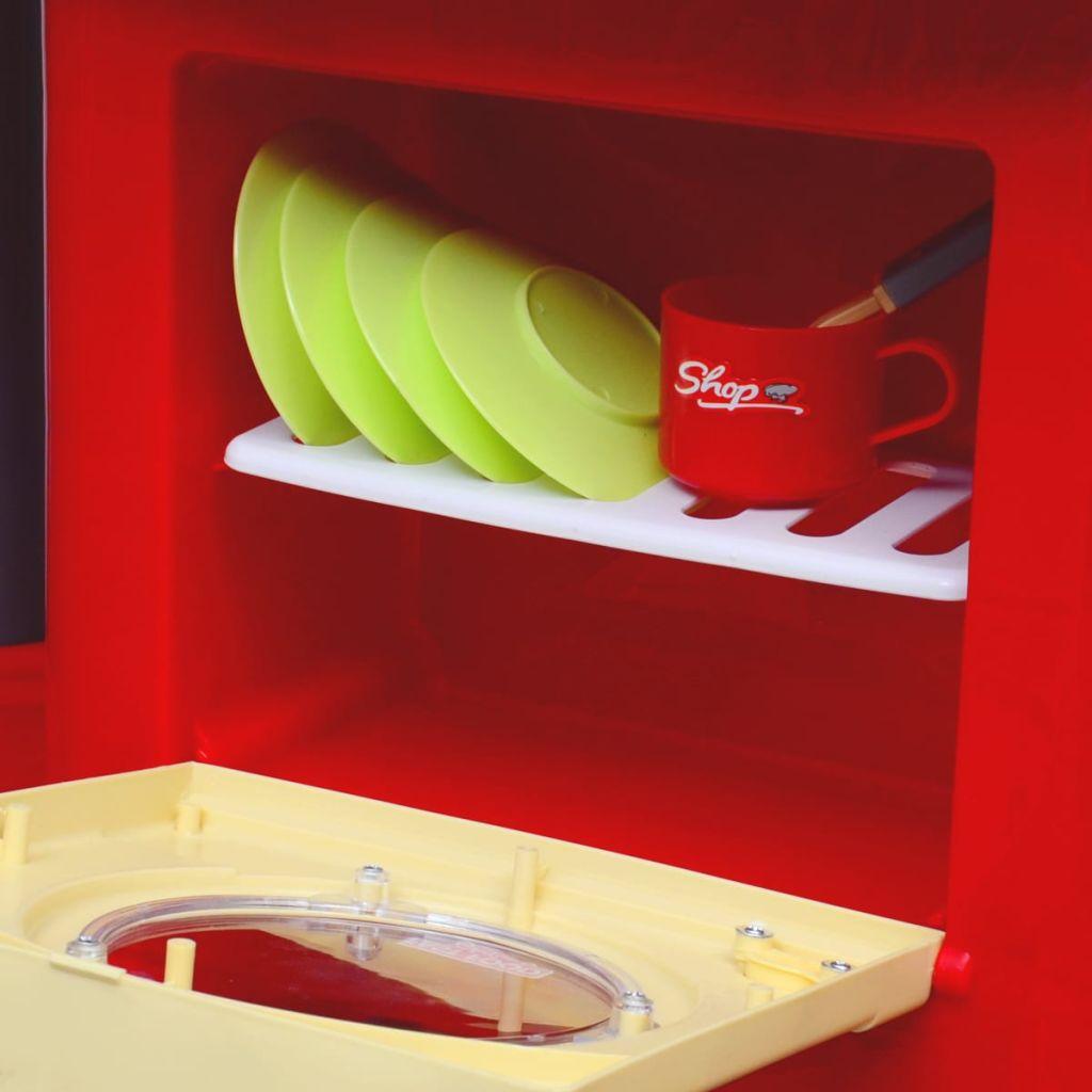 izdržljive konstrukcije. Ova prekrasna igračka kuhinja je lijepo dizajnirana i jednostavna za montažu zahvaljujući uključenim