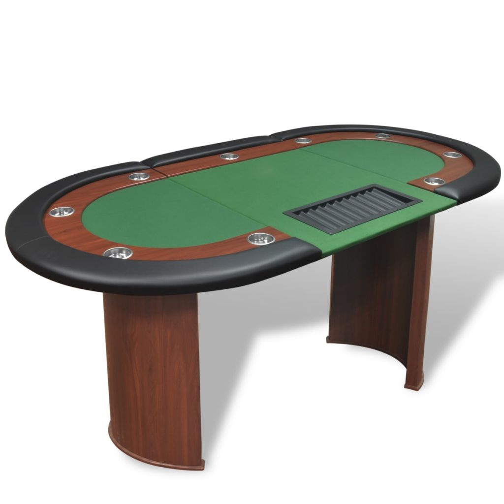 Uživajte u uzbuđenjima kasina u udobnosti vlastitog doma i organizirajte zabavne pokeraške noći s vašim prijateljima zahvaljujući ovom fantastičnom stolu za poker! Obrub ovog profinjenog stola za poker ima visokokvalitetne naslone za ruke od umjetne kože s gustim i luksuznim pjenastim punjenjem. Stol također ima i 9 ugrađenih držača za čaše od nehrđajućeg čelika koji će spriječiti prolijevanje. Podstavljena igraća podloga zelene boje je udobna i ravna te će držati karte i žetone na mjestu. Ovaj stol za poker je namijenjen za 10 igrača i uključuje prostor za djelitelja i držač za žetone koji može držati 500 žetona. Držač se jednostavno može odvojiti kako bi se očistio. Zahvaljujući čvrstim i poluokruglim nogama od MDF-a