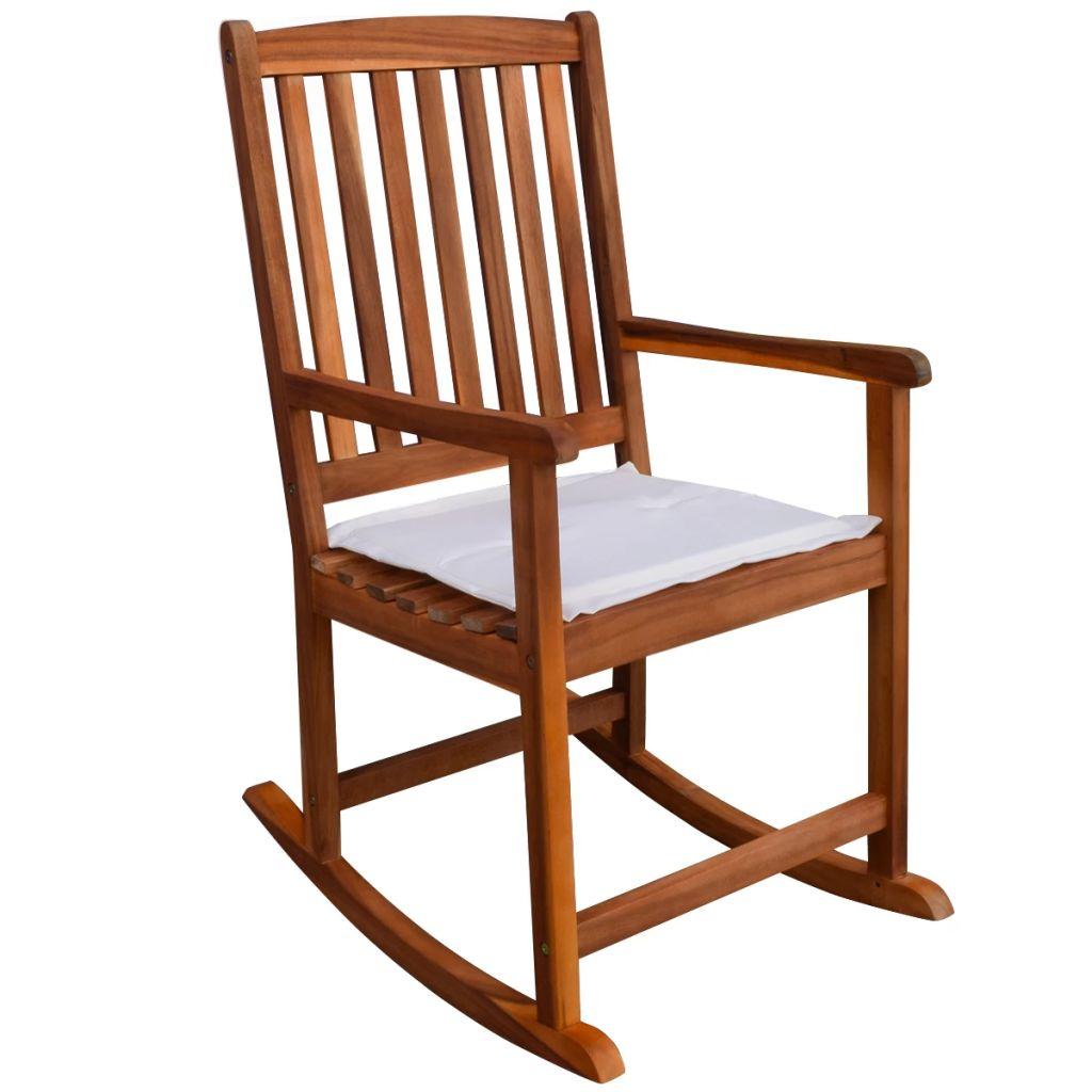 Ova stolica za ljuljanje je odličan izbor za odmor u Vašem vrtu