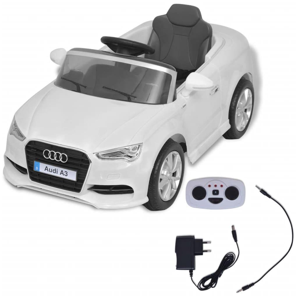 CD player i tako dalje. Volumen glazbe se može podešavati. Ovaj dječji auto je tako čvrst kao što izgleda i neizmjerno zabavan za vožnju. Za dodatnu sigurnost