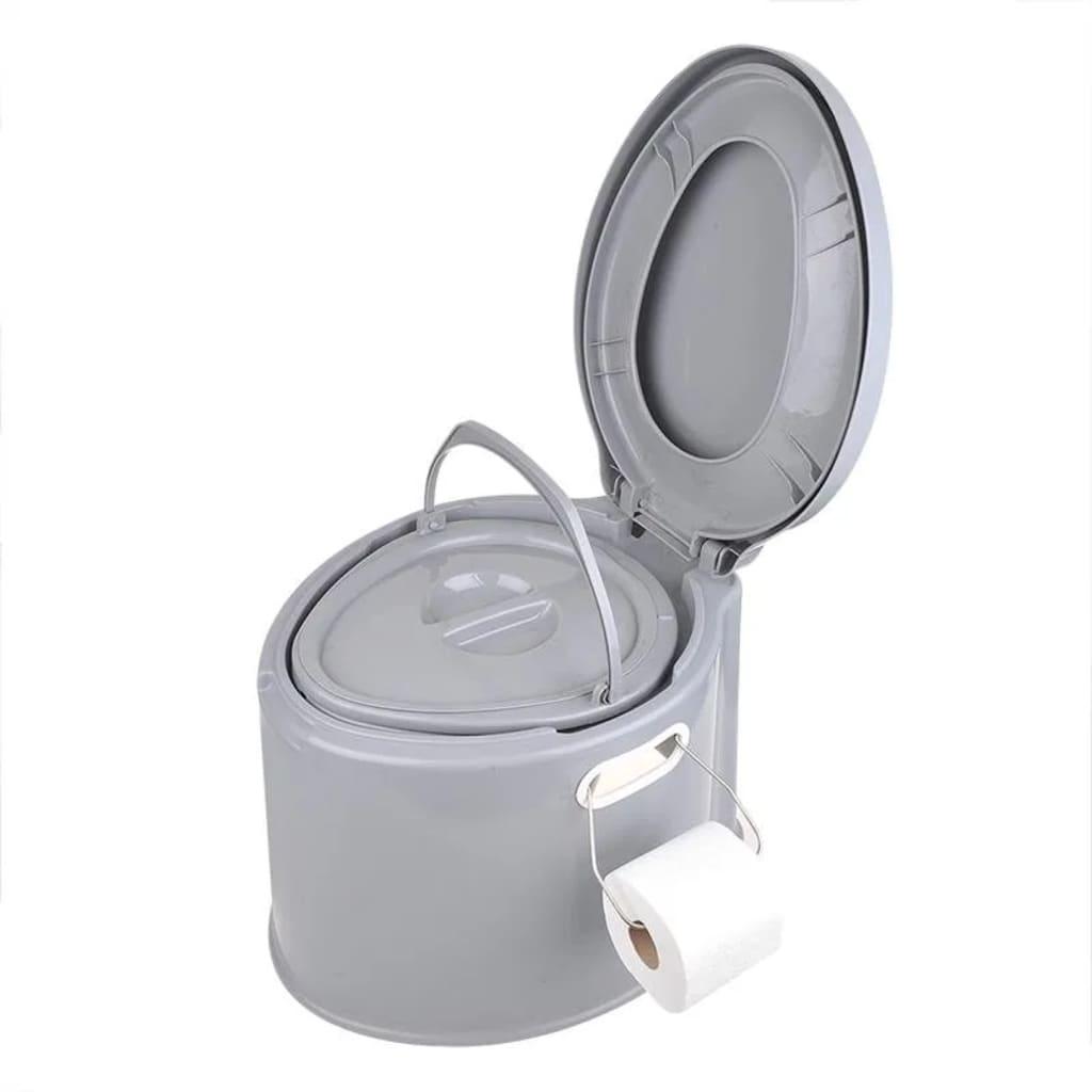 Ovaj prijenosni toalet marke ProPlus savršen je za kampiranje i planinarenje! Zahvaljujući udobnoj visini sjedala od 33 cm