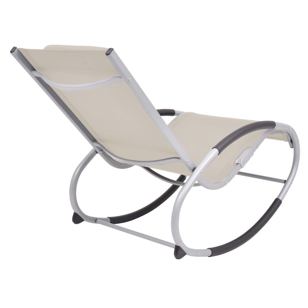 iznimno izdržljiva i otporna na vremenske utjecaje. Vrtna stolica ima jastuk i zaobljeni