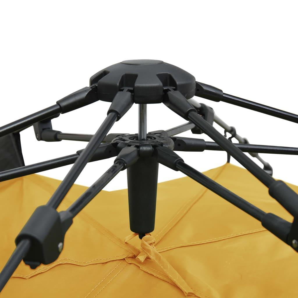 a udobnost unutra. Isporuka uključuje putnu torbu za jednostavan transport i pohranu te 4 konopa i 8 klinova za dodatnu stabilnost.