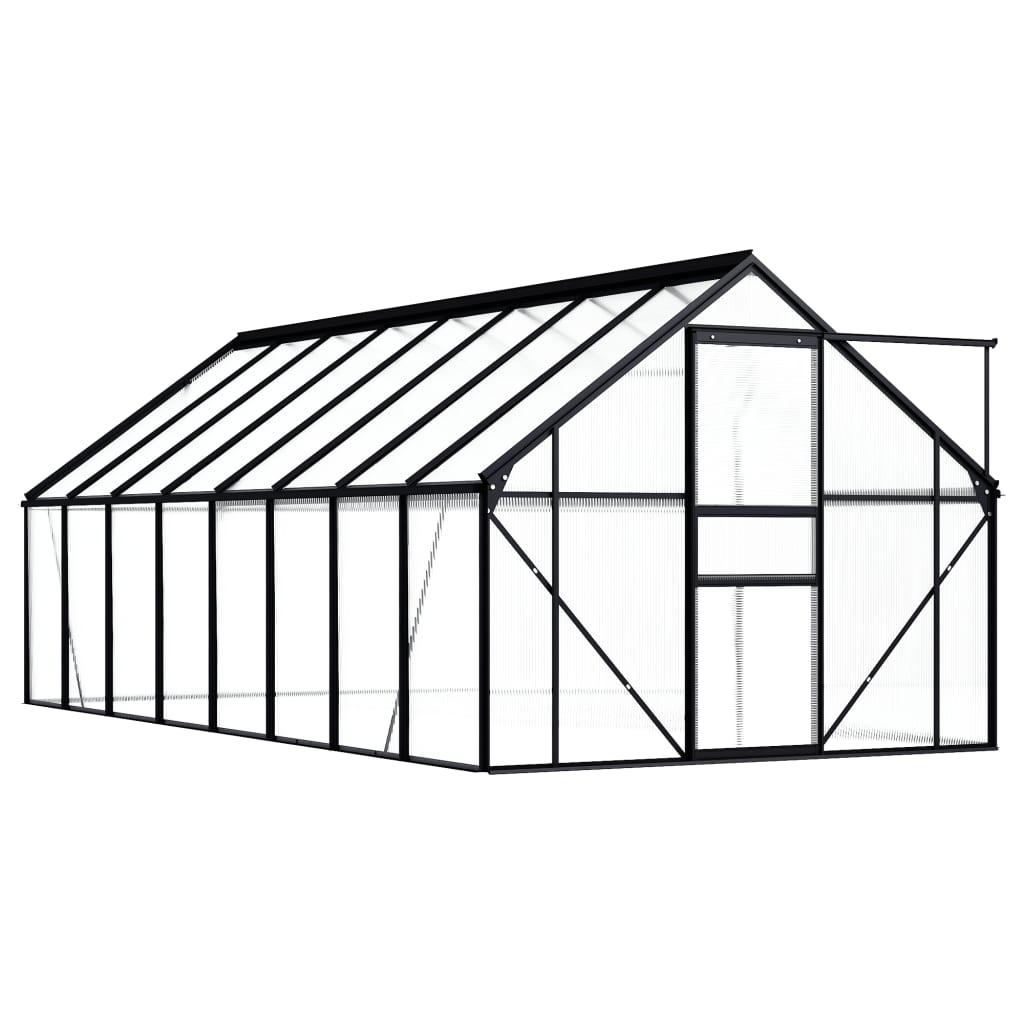 31 m². Može smjestiti veliki broj biljaka i bit će odlično rješenje za zaštitu vaših biljaka od hladnog vremena. Napravljen od polikarbonatnih ploča