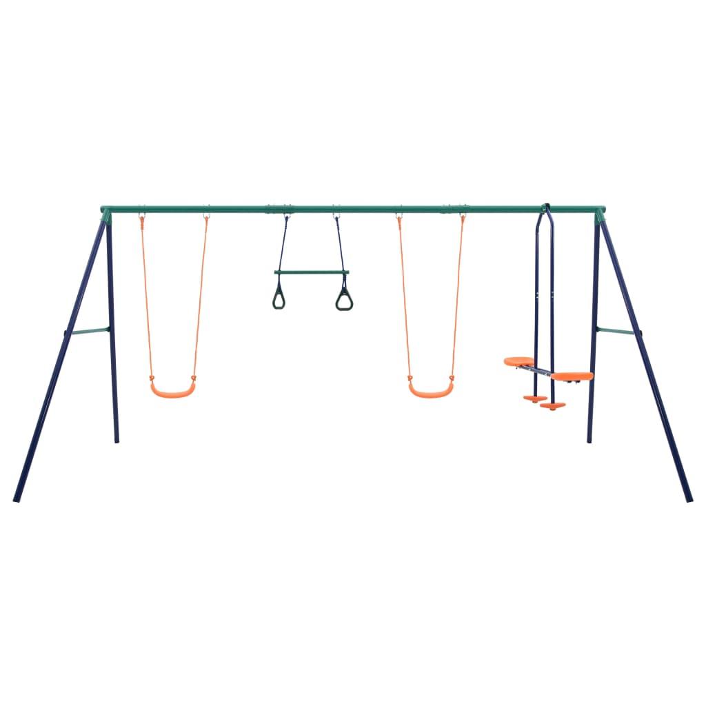 2 gimnastičke karike i jednom klackalicom. Klackalica je prikladna za dvoje djece istovremeno. Zahvaljujući čvrstom čeličnom okviru i plastičnim sjedalima