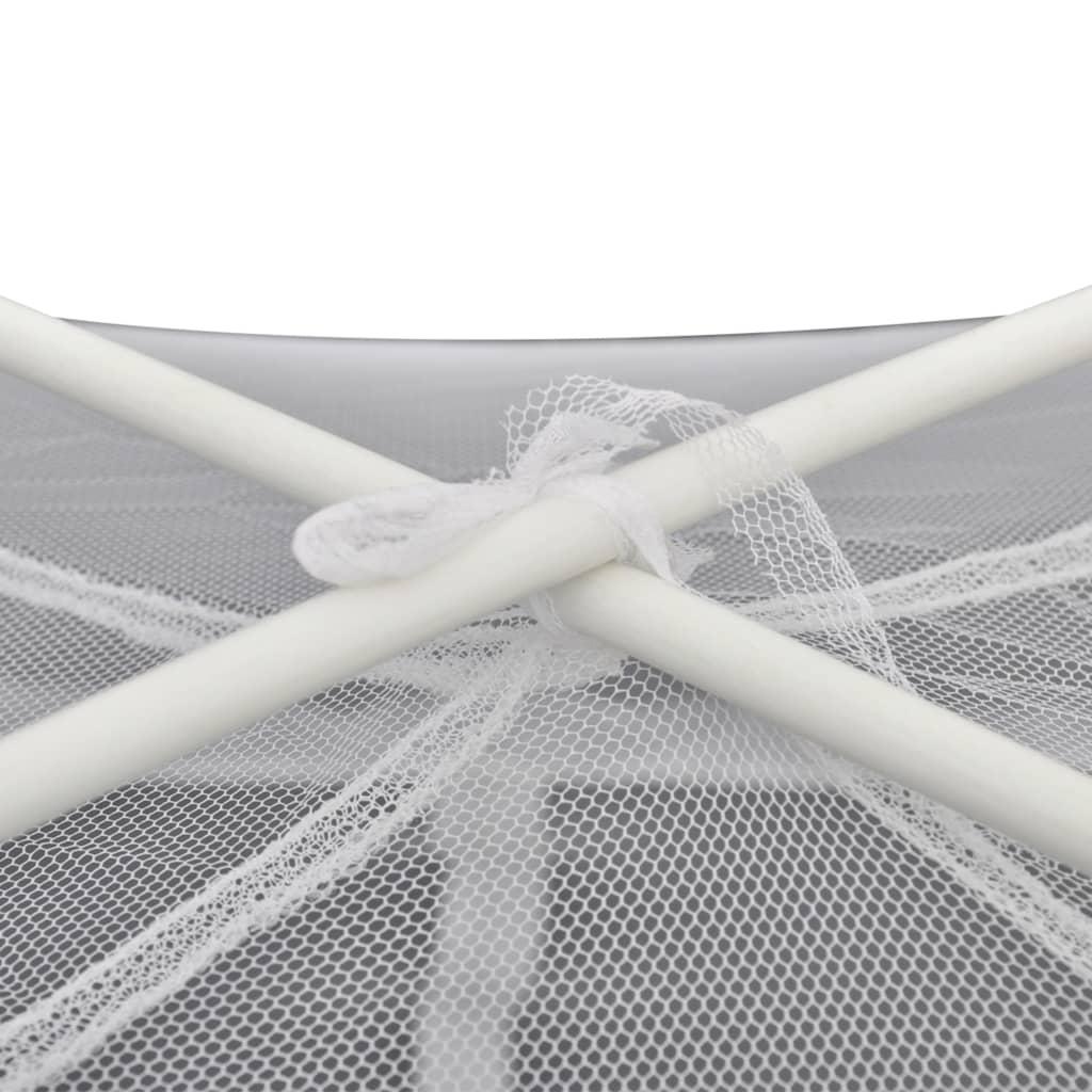 šipke su čvrste i izdržljive. Fina mreža ovog šatora protiv komaraca čuva vas od dosadnih insekata i buba. Lagani šator može se brzo i lako postaviti
