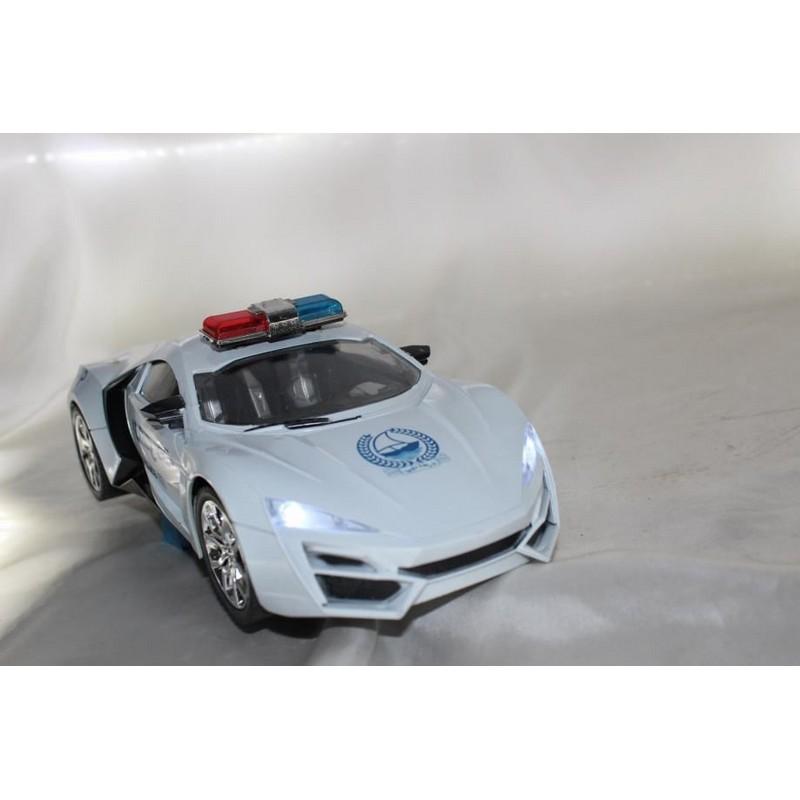Policijski autić na daljinsko upravljanje, baterije i punjač uključeni u isporuku.
